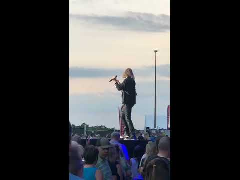 Def Leppard Man Enough Live Hershey, PA 25th May 2018 (Clip)
