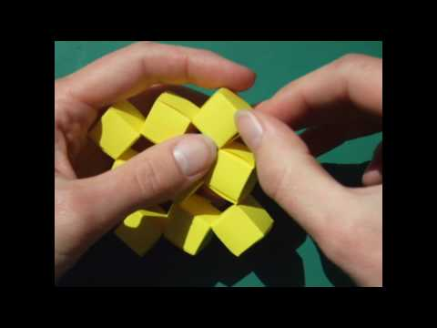 papercraft - moving cubes (no tape) - tutorial - dutchpapergirl