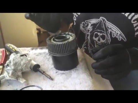 04 Ford F-250 disassembling auto locking hub part:2