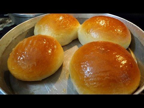 Sweet dinner rolls.
