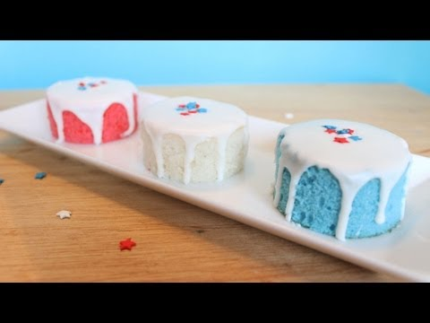 How to Make Easy Mini Fourth of July Cakes!