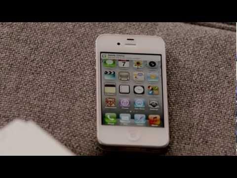 Introducing Siri on iPhone 4S