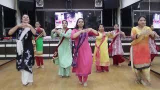 Tu Laung Main Elaachi   Easy Dance Steps   Luka Chuppi   Kriti Sanon   Step2Step Dance Studio