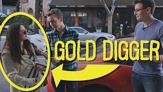 """The """"Gold-Digger"""" prank."""