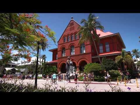 #SimplyTheKeys Custom House Key West