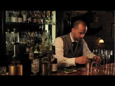 Add a Mint Garnish to Your Mint Julep with Style - Speakeasy Cocktails