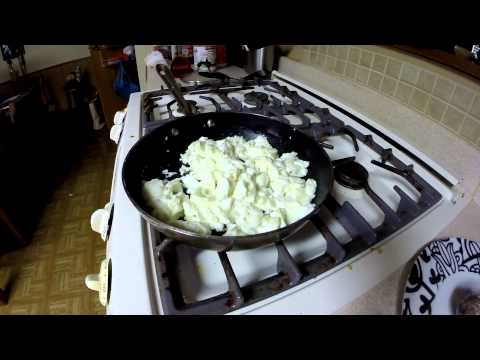 Bodybuilding Cooking 101: Killer post workout meal 10 egg whites & potato