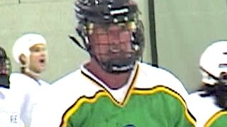 ALAN THICKE plays hockey with KEANU REEVES - 2003