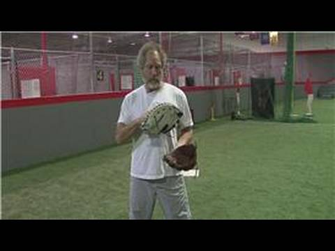 Youth Sports : How to Buy Your Child's First Baseball Glove