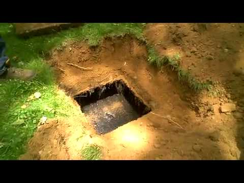 Opening a septic tank