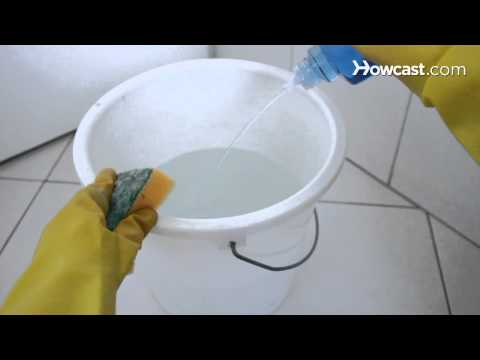 How to Clean Mold from Bathroom Cabinets