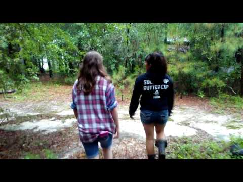 Abandoned Converted Barn &Abandoned Barn in Rural North Carolina. Mother daughters explore!