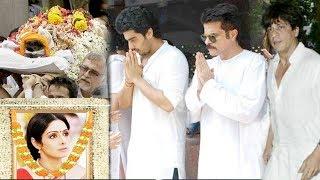 Emotional Bollywood Celebs At Sridevi