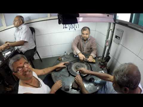 Surat Diamond Factory || Diamond Merchant || Diamond Cutting and Polishing