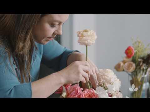 Mayesh Design Star: Modern Garden Valentine's Arrangement