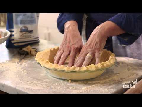 How to Make Pumpkin Pie Crust From Scratch