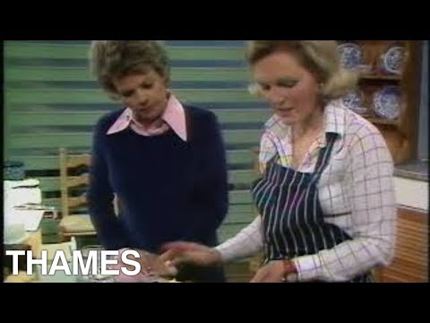 Mary Berry | Lemon Drizzle Slice | Cake baking | Afternoon plus | 1974