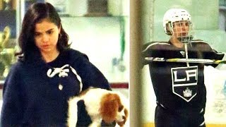 Justin Bieber Shows Off His Hockey Skills For Selena Gomez