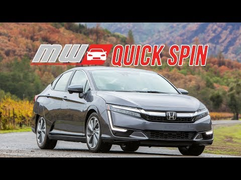 2018 Honda Clarity Plug-In Hybrid | Quick Spin