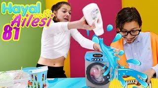 Download Adrian bozuk çamaşır makinesini tamır ediyor Video