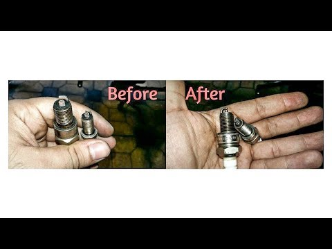 How to remove & clean the Spark Plugs | Royal Enfield Classic 350