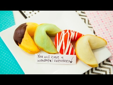 HOMEMADE FORTUNE COOKIES