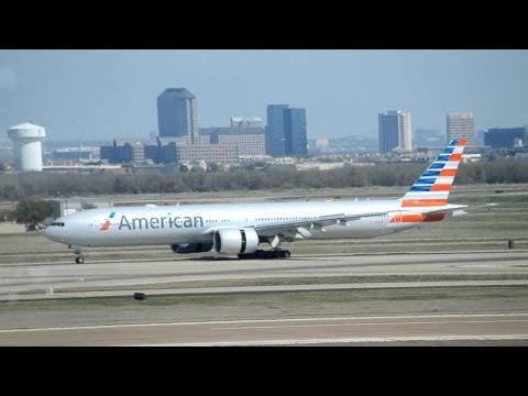Plane Spotting at Dallas Fort Worth (DFW / KDFW), with new AA Livery!