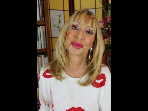 Make Your Lipstick Last Forever!