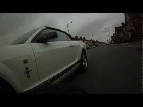 (UK) Left Hand Drive Idiot still can't pass safely NT08BFY