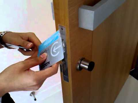 CENTRIS  Key Access Card Programming