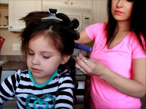 How to curl your toddlers hair cute & simple!!