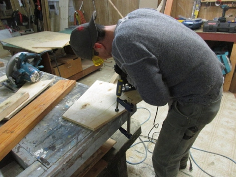 How to make  a Strong plywood Saw Horse