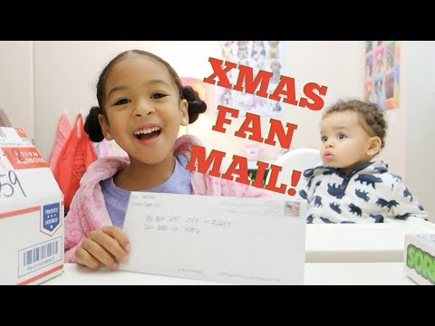 Opening Fan Mail CHRISTMAS PRESENTS!!!!!