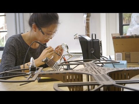 Stanford students design and build smartphone-controlled quadcopters