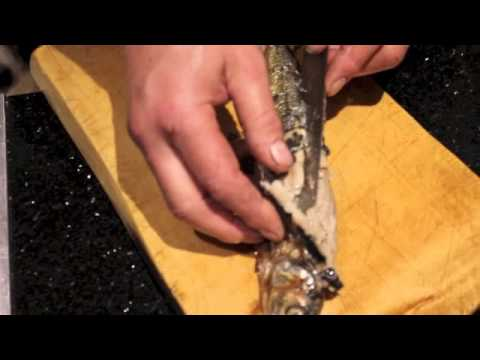How to cook herring and get the bones out