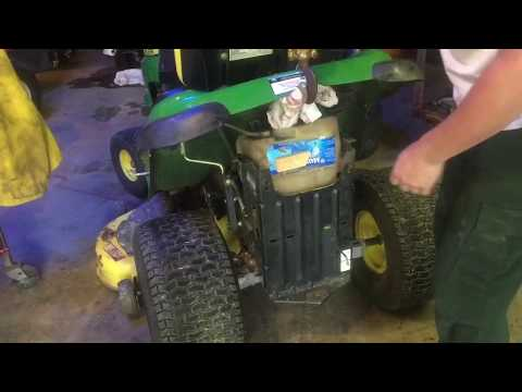 Remove and Install gas tank John Deere 100 series - fast fuel tank replacement LA145