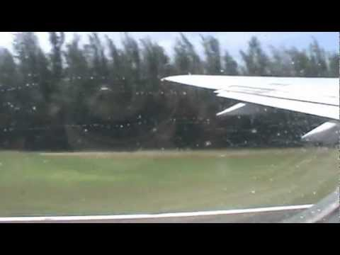 taking off from san juan delta 757