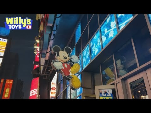 Tour of the Disney Store in Time Square NYC New York - Statue of Liberty Mickey Mouse  - Willys Toys