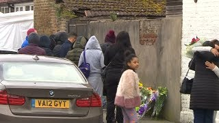 Residents pay respect to Tanesha Melbourne