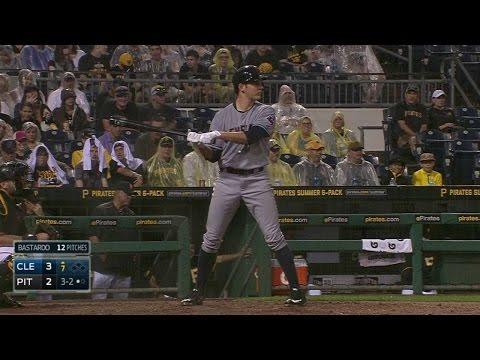 CLE@PIT: Bauer uses his teammates' batting stances