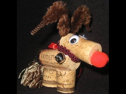 How to make a Reindeer Cork Ornament DIY