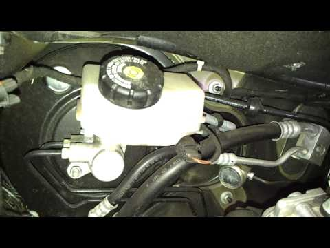 Where is the Brake Fluid Reservoir in a Vauxhall Zafira B 05 on 1 7 CDTi