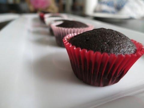 Mini Chocolate Cupcakes feat. Amber of SweetAmbs | Simply Bakings