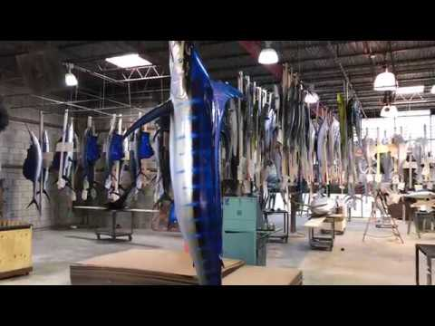 Blue Marlin, vertical wave mount