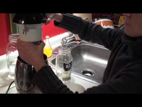 Making Hemp Milk with the Soyabella