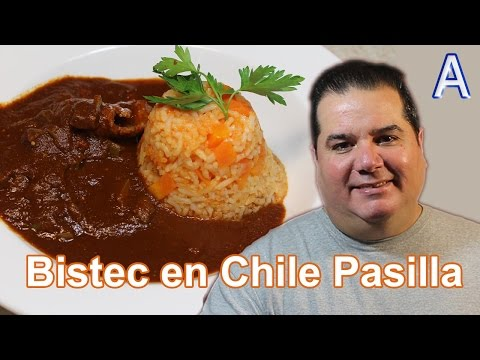 Bistec de Carne de Puerco en Salsa de Chile Pasilla con nopales. Recetas de Cocina Mexicana Faciles