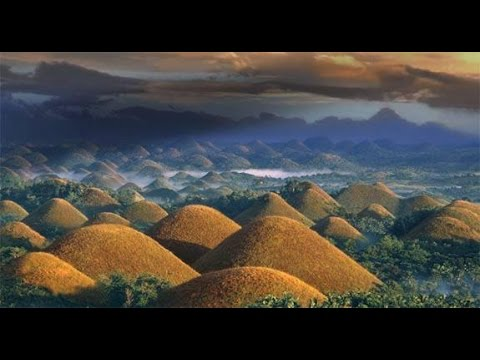 AMAZING CHOCOLATE HILLS, BOHOL ISLANDS.  PHILIPPINES