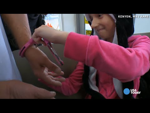 Cops help 10-year-old arrest her worst enemy