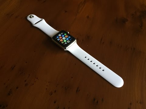 Unboxing: White Apple Watch Sport Band (42mm)
