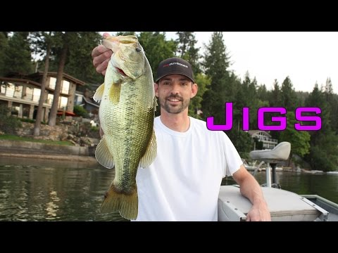 Jigs Catch Bigger Bass [Bass Fishing How-To]